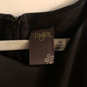 Taylor Dresses - Taylor brand black dress with pockets and belt 14